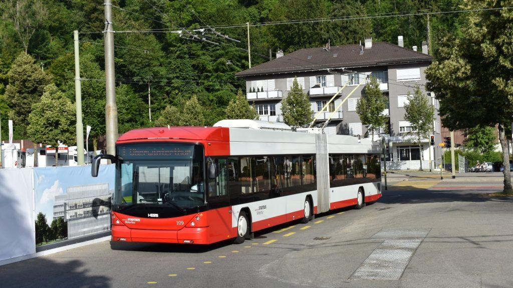 Trolejbusy výrobce HESS nejsou ve Winterthuru ničím neznámým. Dopravce již provozuje 24 osmnáctimetrových vozů z let 2010 až 2014. (foto: Libor Hinčica)