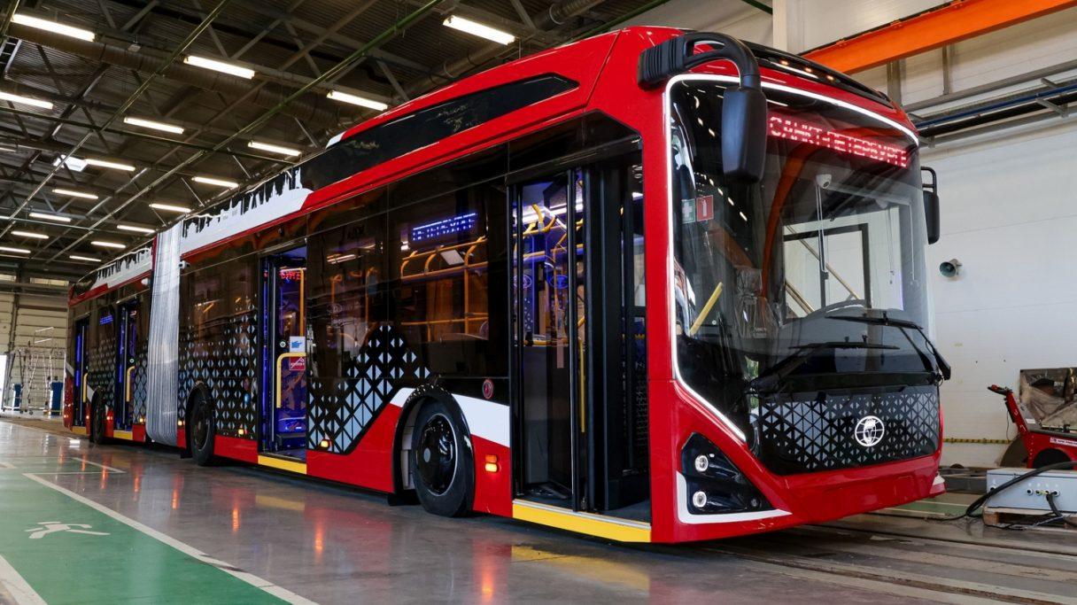 PK TS představila kloubový elektrobus