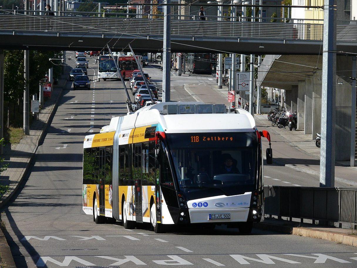 Esslingen míří k vymýcení autobusové dopravy: nakoupí minimálně 46 parciálních trolejbusů