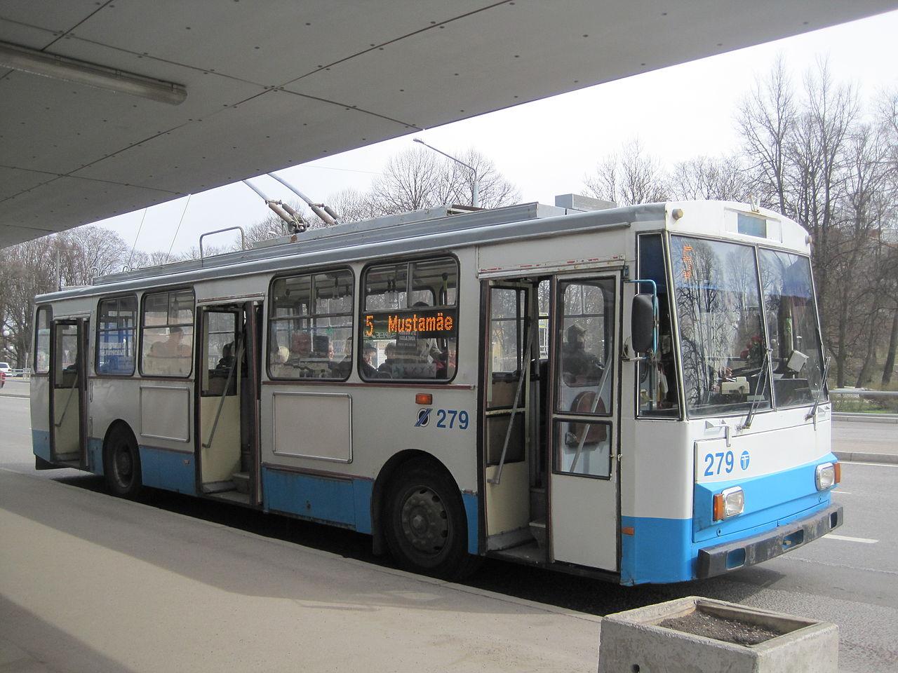 Trolejbus v Tallinnu. (foto: Stefan Flöper/Wikipedia.org)