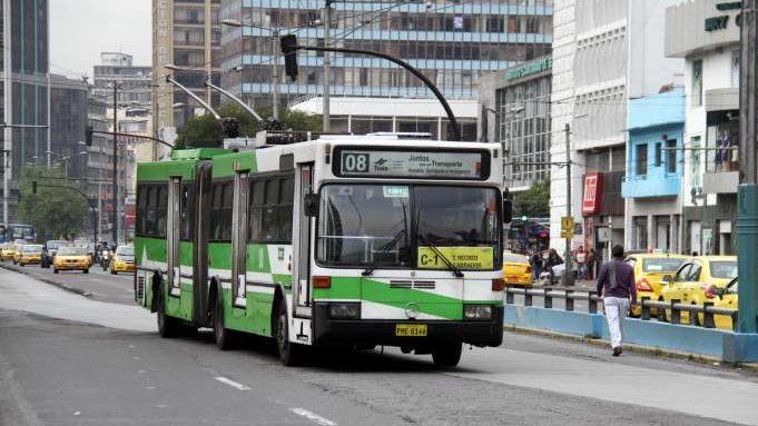 Quito opět plánuje obnovu trolejbusového parku, ve hře je dalších 11 km BRT koridoru
