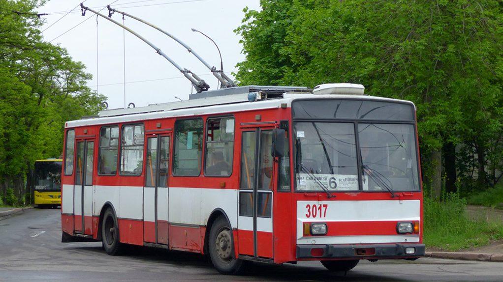 """Mykolajiv pořizuje 40 nových trolejbusů, plánuje i 20 """"parciálů"""""""