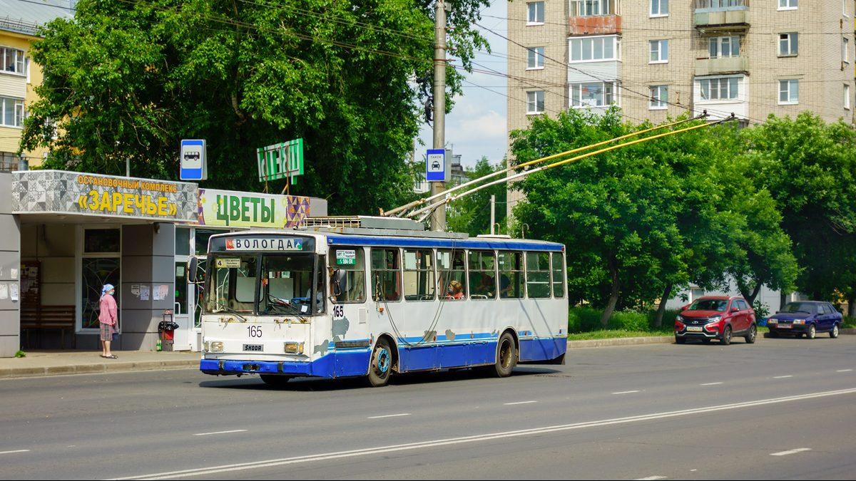 Vůz 14 Tr v ulicích Vologdy dne 12. 6. 2021. V provozu je od roku 1998 a jedná se o poslední Škodovku, která z tehdy dodané 30ks série ve městě ještě jezdí. (foto: Igor Serikov)