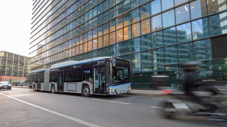 Solaris Urbino 18 CNG na propagační fotografii výrobce. (foto: Solaris Bus & Coach)