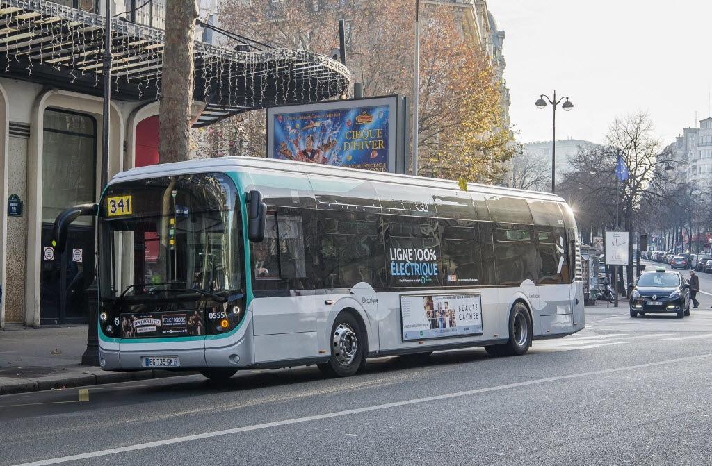 Paříž nakoupí 451 elektrobusů