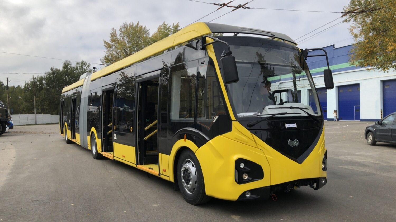 Nový trolejbus z produkce běloruského výrobce pro Sarajevo. (zdroj: Twitter Vlada Kantona Sarajevo)